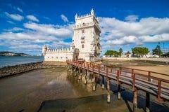 2017年7月10日-里斯本,葡萄牙 贝拉母塔-在一个海岛上的被加强的大厦在河塔霍河 免版税库存照片