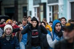 2017年10月7日- :Tverskaya的年轻抗议者 免版税库存图片