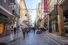 11 03 2018年Atnens,希腊-雅典房子和街道,现代 库存图片