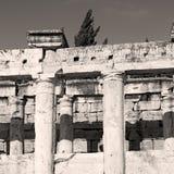并且罗马寺庙历史pamukkale老建筑  库存照片