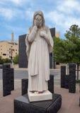 并且耶稣啜泣雕象、俄克拉何马市全国纪念品&博物馆 库存图片