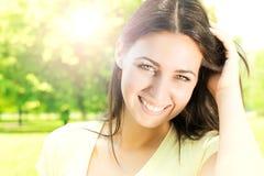 幸福美丽的妇女 图库摄影