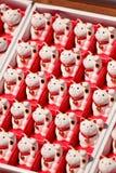 幸运猫的玩偶 免版税库存照片