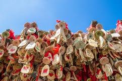 幸运的东巴志向Windbell在老镇丽江,云南中国 库存图片