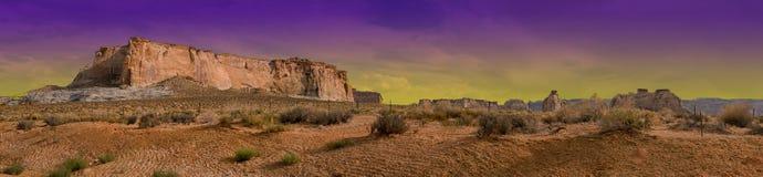 幽谷峡谷亚利桑那沙漠紫色阴霾天空