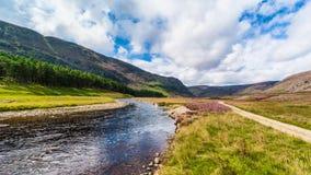幽谷标记和河标记英国苏格兰 库存照片