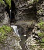幽谷瀑布watins 库存照片