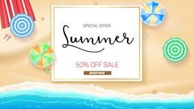 广告与印刷术的横幅销售 夏天销售50%折扣,现在买 库存图片