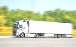 广告文件好卡车白色 皇族释放例证