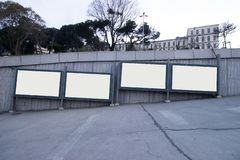 广告的-室外广告牌的伊斯坦布尔空白的广告牌定期的广告牌 免版税图库摄影