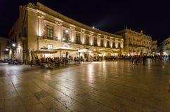 广场中央寺院在Ortigia西勒鸠斯 库存图片