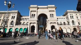广场中央寺院大教堂广场在米兰 股票录像