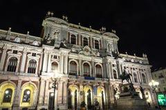 广场克罗阿尔贝托夜视图在都灵,意大利 图库摄影