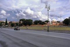 广场圣乔瓦尼在Laterano在雨以后的罗马 库存图片