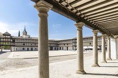 广场市长正方形在滕布莱克镇,托莱多,卡斯蒂利亚La Mancha,西班牙省  库存图片