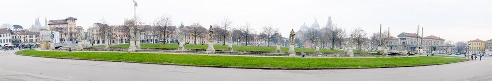 广场普拉托della瓦尔,帕多瓦 库存图片