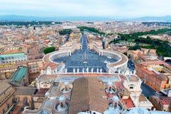 广场梵蒂冈的,罗马,意大利圣彼得罗 免版税库存照片