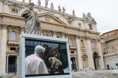 广场的圣彼得罗本笃十六世 图库摄影