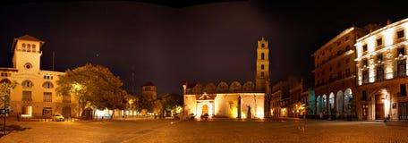 广场de旧金山全景在哈瓦那旧城,古巴 免版税库存照片