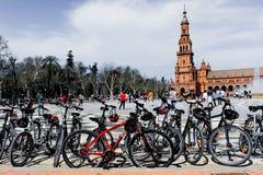 广场de EspaA±aa,塞维利亚,西班牙的成为不饱和的看法 库存图片