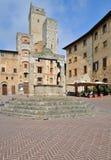 广场della池,圣吉米尼亚诺,托斯卡纳 免版税库存图片