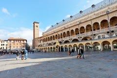 广场della Frutta在Padova,意大利 图库摄影