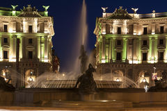 广场della Repubblica在夜之前 库存照片