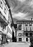 广场Governo在贝林佐纳,小行政区提契诺州 瑞士 免版税库存图片