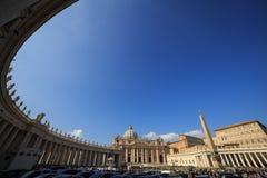 广场pietro ・圣 意大利罗马梵蒂冈 免版税库存照片