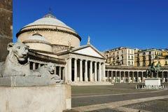 广场Plebiscito,那不勒斯,意大利 免版税库存图片