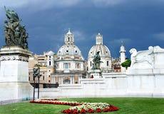 广场Venezia,罗马美丽的景色  免版税图库摄影