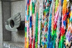 广岛和长崎起源火焰的纪念碑  免版税库存照片