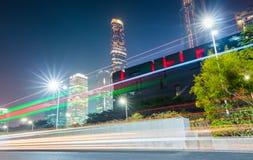 广州在与轻的足迹的晚上 免版税库存照片