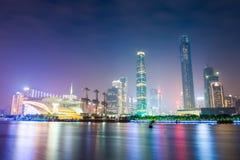广州地平线在晚上 免版税库存图片