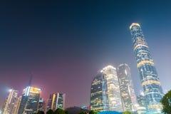 广州财政区在晚上 免版税库存图片