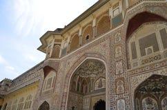 庄严阿梅尔堡垒的片段在斋浦尔拉贾斯坦印度 免版税库存图片