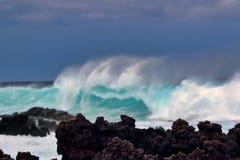 庄严,海浪席子La Preouse海湾的力量在毛伊的 免版税库存照片