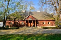 庄园住宅在Radziejowice (波兰) 免版税库存照片