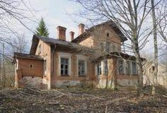 庄园住宅Dashkovs在Nadbele Luga区,列宁格勒地区 免版税库存照片