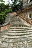 庄园庭院老楼梯 免版税库存图片