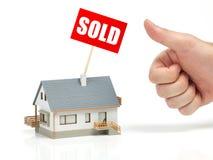 庄园房子例证实际被出售的向量 免版税库存图片