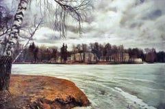 庄园的油画视图在湖的另一边的 免版税库存照片