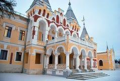 庄园背景Dervizov在Kiritsakh 免版税库存照片