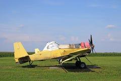 庄稼喷粉器飞机 库存照片