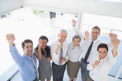 庆祝一个好工作的企业队 库存照片