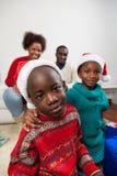 庆祝与家庭的圣诞节 免版税库存图片