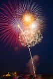 庆祝五颜六色的概念显示烟花新年度 库存照片