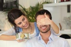 庆祝夫妇日s华伦泰年轻人 免版税图库摄影