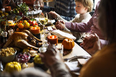 庆祝感恩党概念的家庭 免版税库存图片