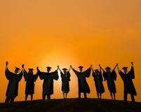 庆祝教育学会概念的毕业学生 库存图片